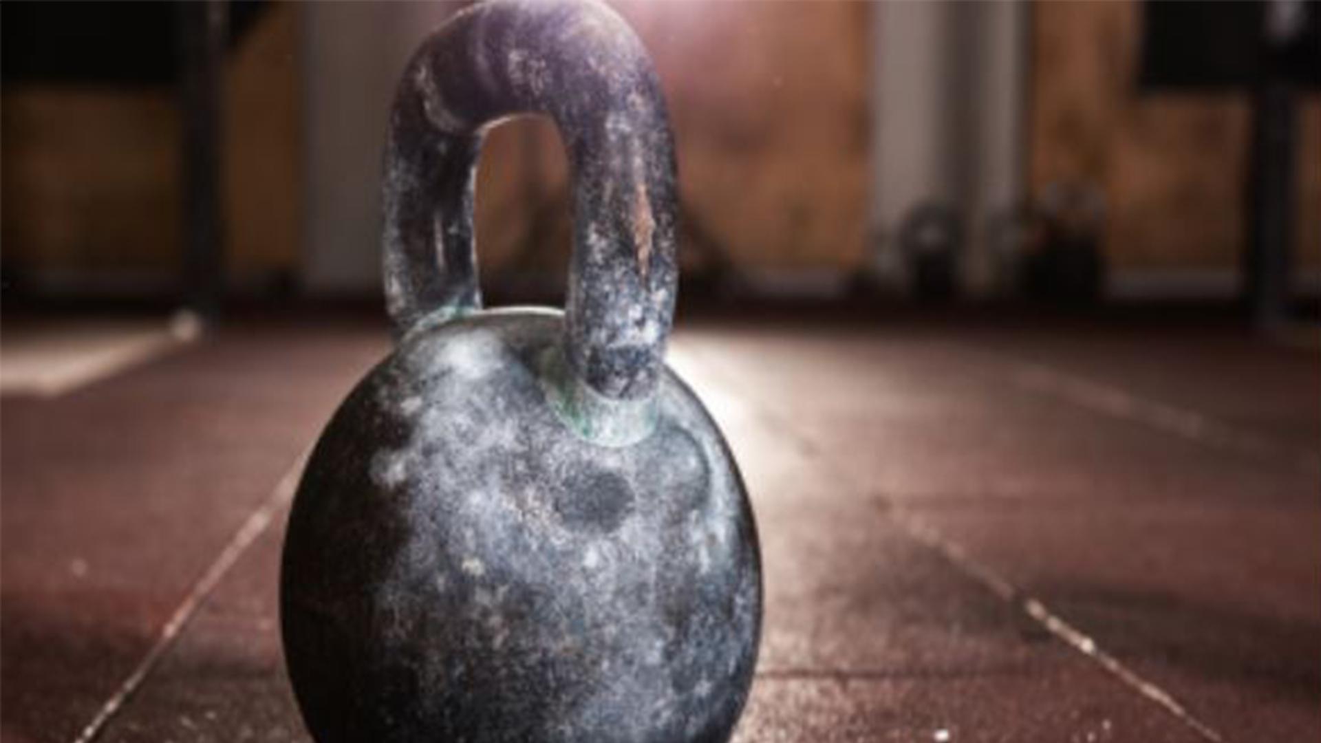 Warum solltest du den Kettlebell-Swing in dein Trainingsprogramm aufnehmen?